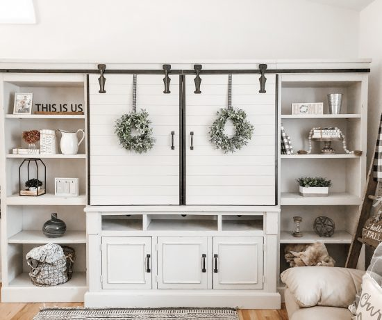 How to style your bookcase or decorate your built in bookshelves