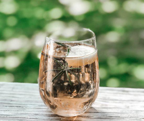 elderflower rose spritz