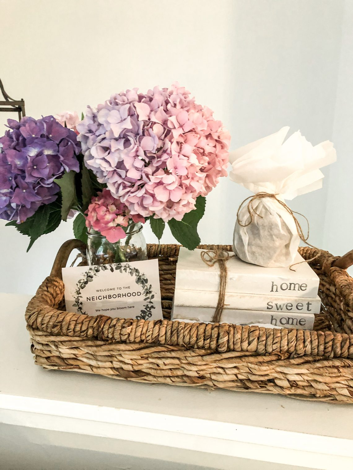 how to create a thoughtful housewarming gift